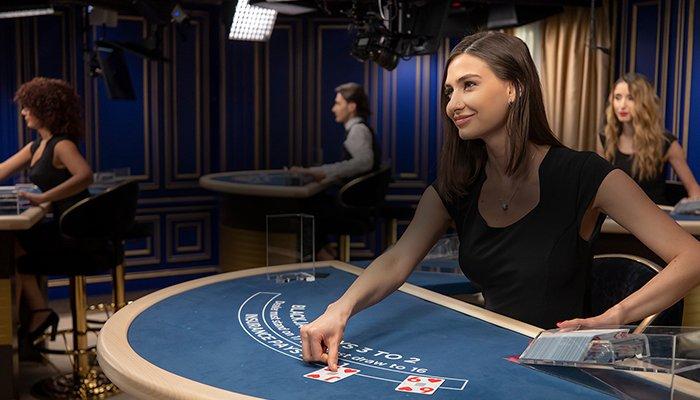 Live Blackjack with Live Dealers