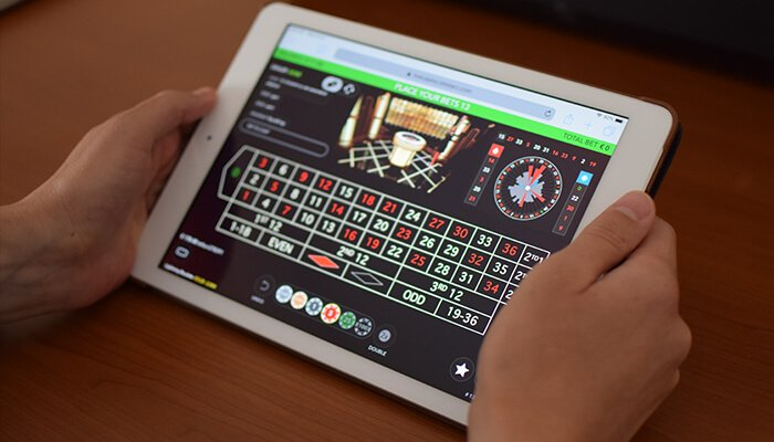 Playing Live Roulette on Tablet