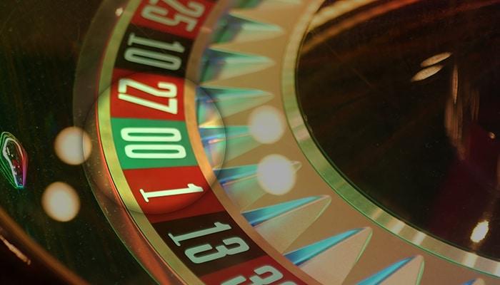 Double zero field on American Roulette wheel